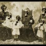 La Familia Gasmaskos