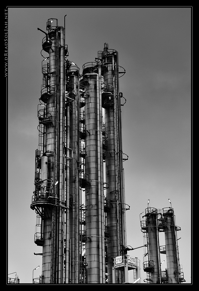 omv_towers_desktop