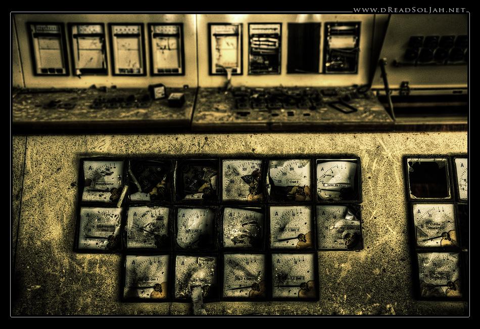 schaltzentrale_pult2_desktop