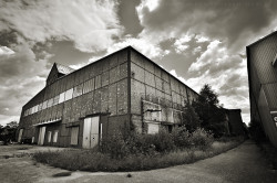 Serbenhalle-1-web
