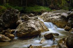 Gebirgsfluss-Dolomiten2016-web